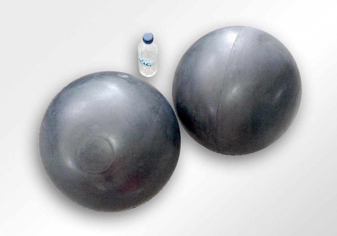 Ελαστική επένδυση σφαίρας μεταλικού πυρήνα για βαλβίδες ανεπιστροφής λυμάτων βιολογικών καθαρισμών