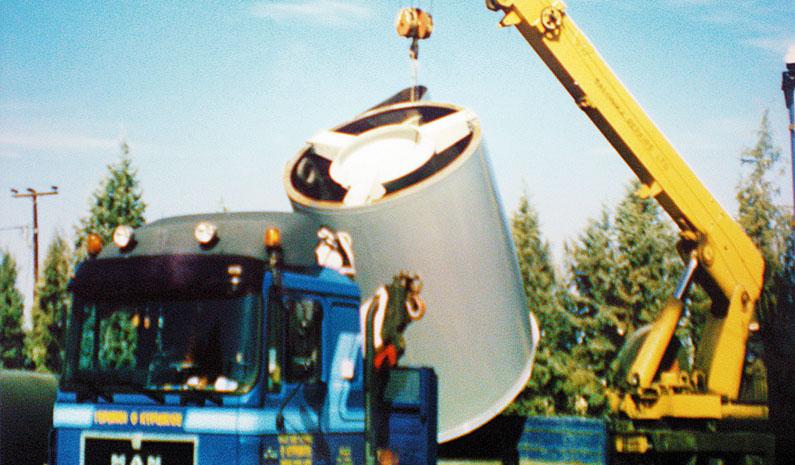 Επενδύσεις πάσης φύσεως δεξαμενών με λάστιχο,για διάφορες βιομηχανικές χρήσεις